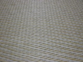 肌ざわりと質感で人気。今、流行の縁なし畳に最適です